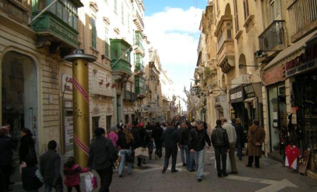 Republic Street, la rue marchande centrale de la vieille ville de La Valleta.