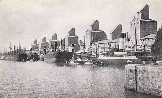 Elevateurs de céréales a Puerto Madero