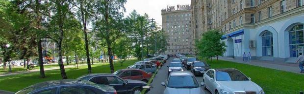 Contre-allée a Kutuzovskaiya