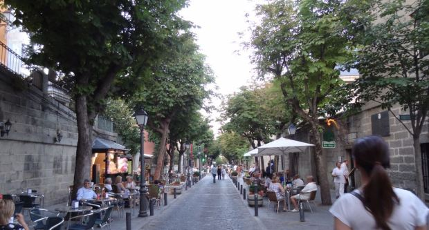 La rue principale de la ville